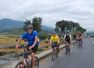 Huangshan Hiking and Biking Tour