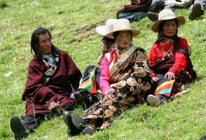 Etiquettes and Taboos in Tibet