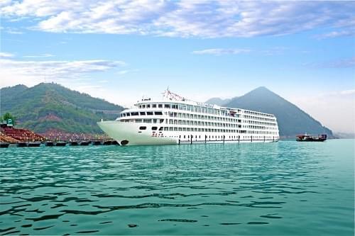 MV president 7 cruise ship