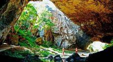jiuxiang caves